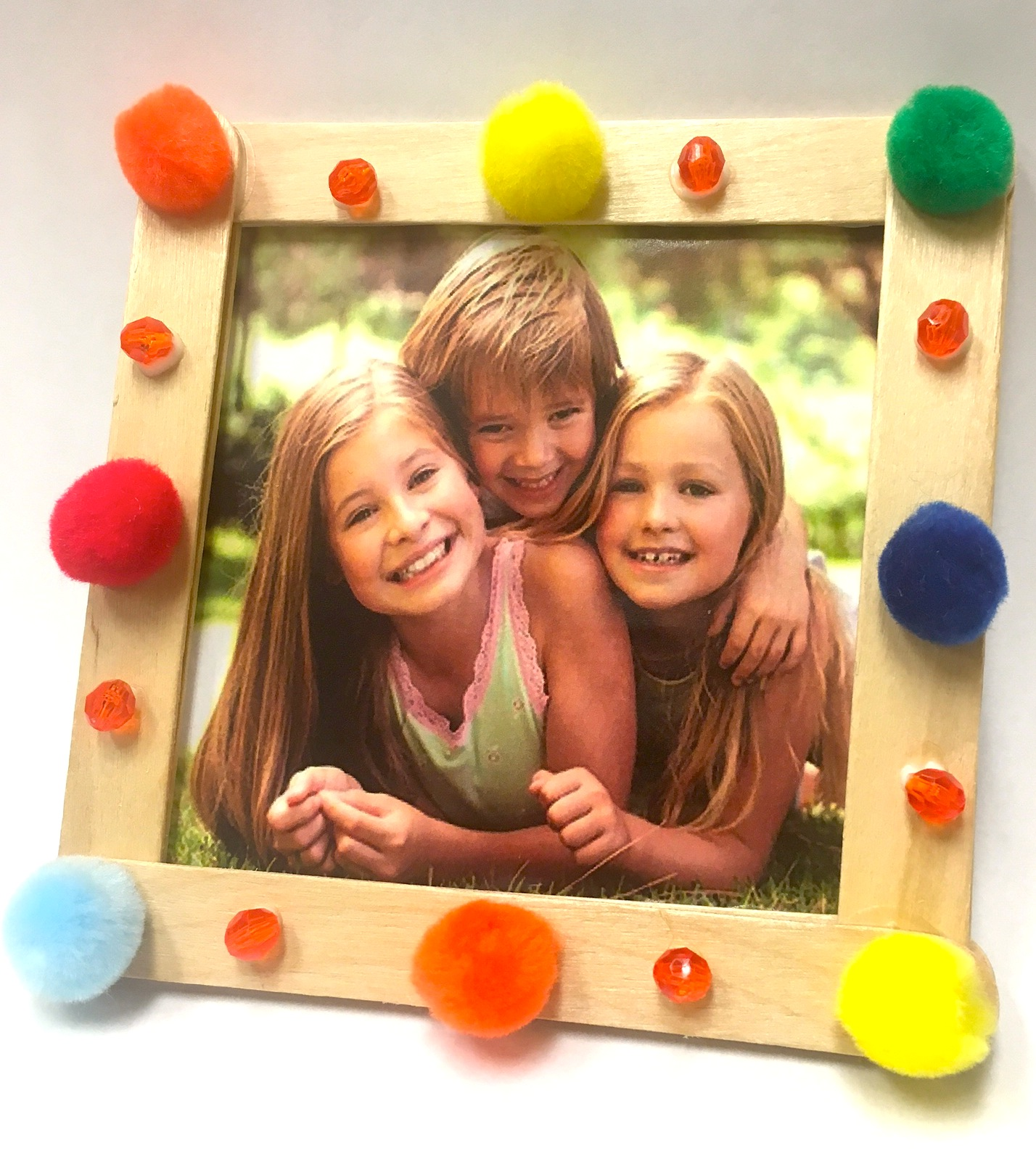 Owlkids make a popsicle stick picture frame for cousins day chirp magazine cousins photo frame jeuxipadfo Gallery