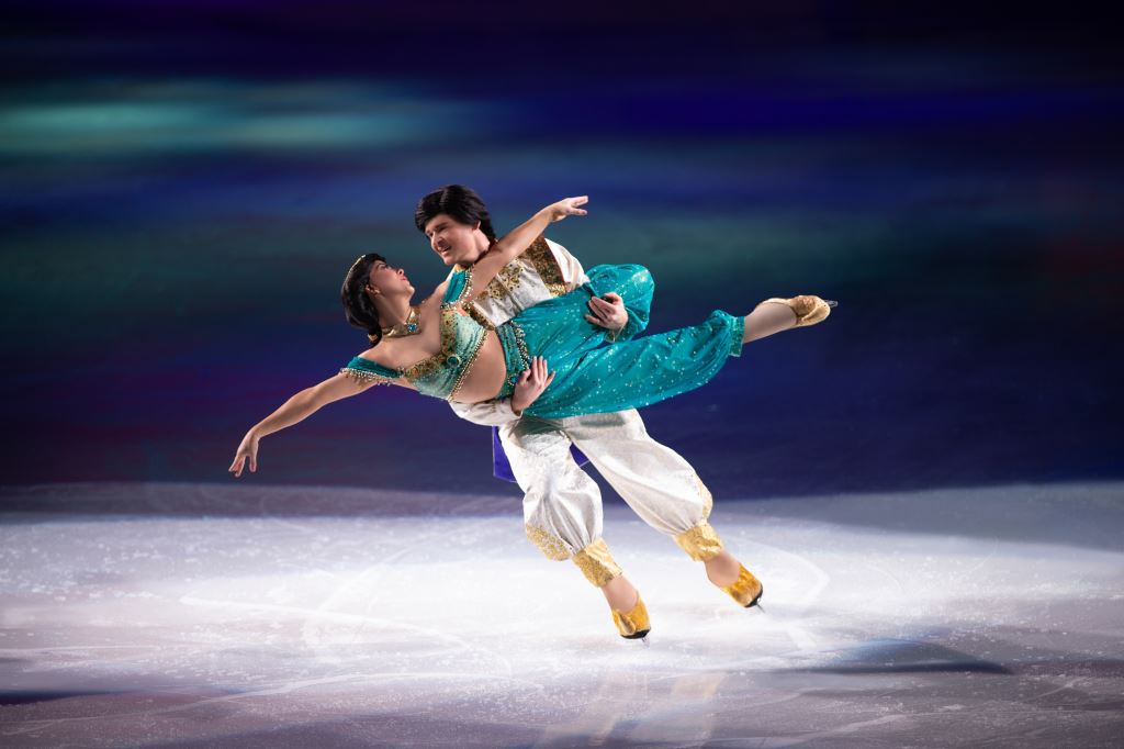 Chickadee Blog: Disney on Ice